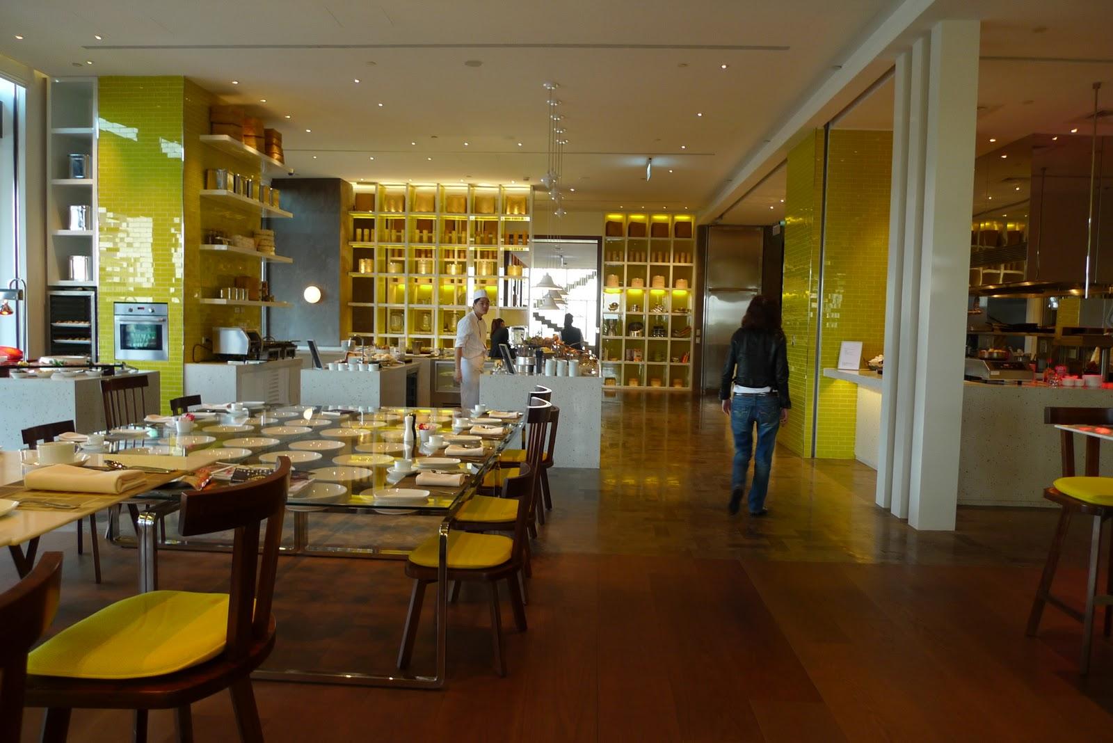 小さな魚 a roly-poly small fish - Just want to remember the moment forever.: W Hotel Taipei Breakfast at The Kitchen Table & Hotel Facility ...