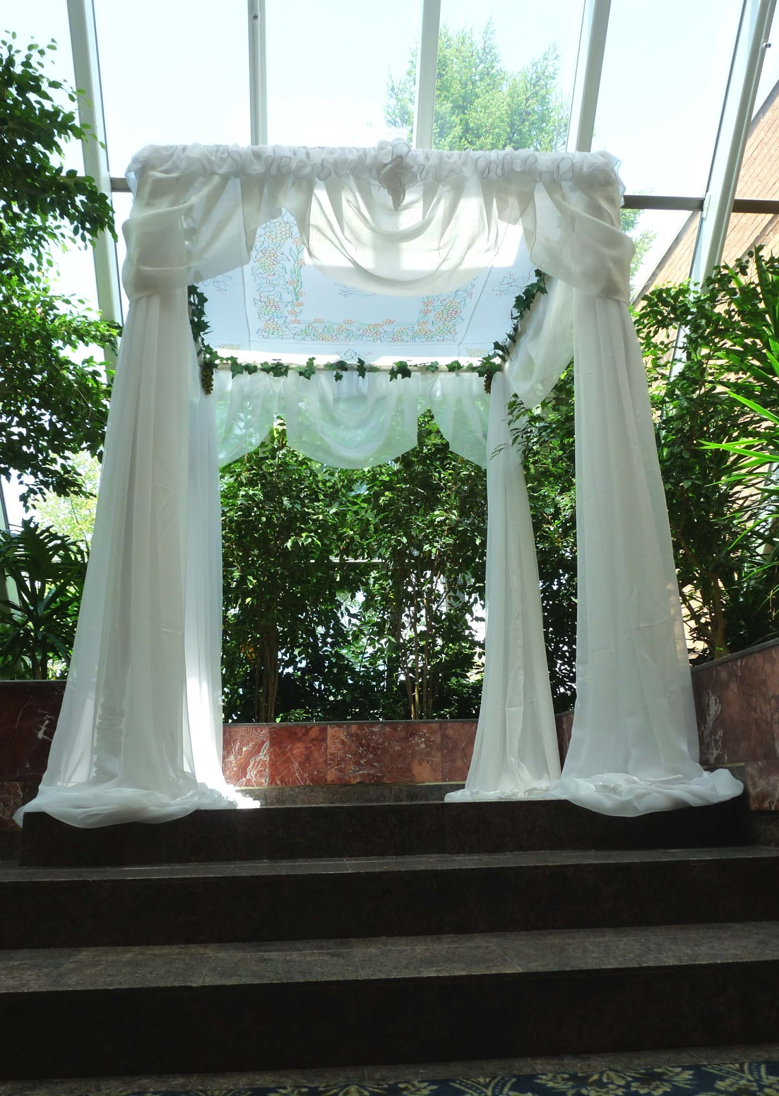 wedding chair cover rentals cane back dining room chairs decor rent toronto and