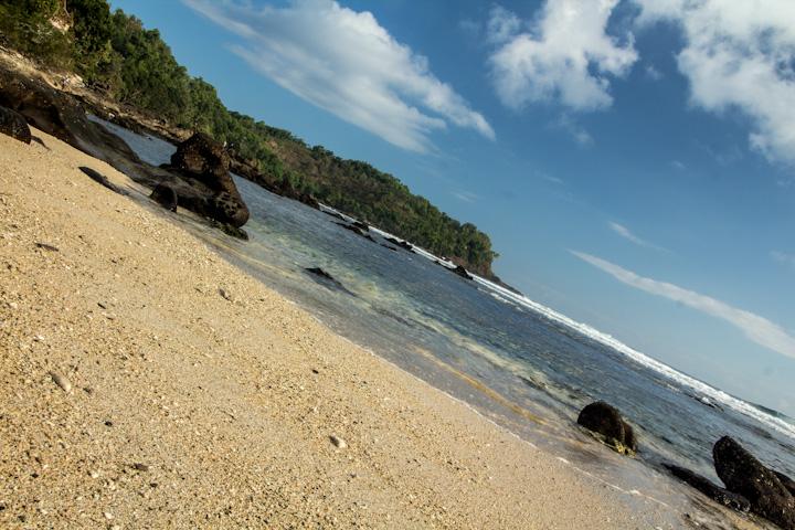 Pantai Wediombo Gunung Kidul Yogyakarta