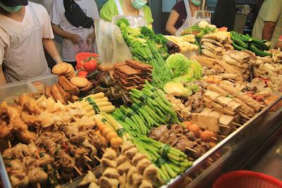 阿姨鹽水雞-超多蔬菜及配料可選擇的鹽水雞 - 匡大不誇大部落格
