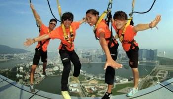 Dream Trip to Macau dengan aksi extreme Skywalk X