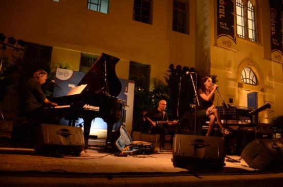 קובי אשרת בפסטיבל הפסנתר 2012. צילום: יובל אראל