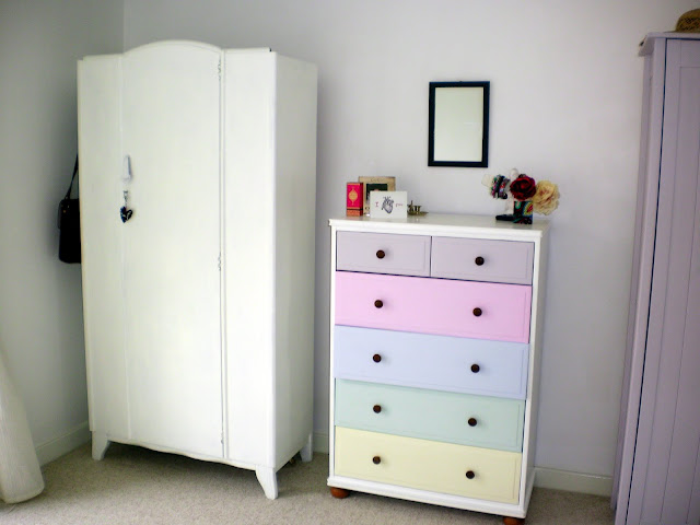 Project Thirty Eight: Painting my Wardrobe White (1/6)