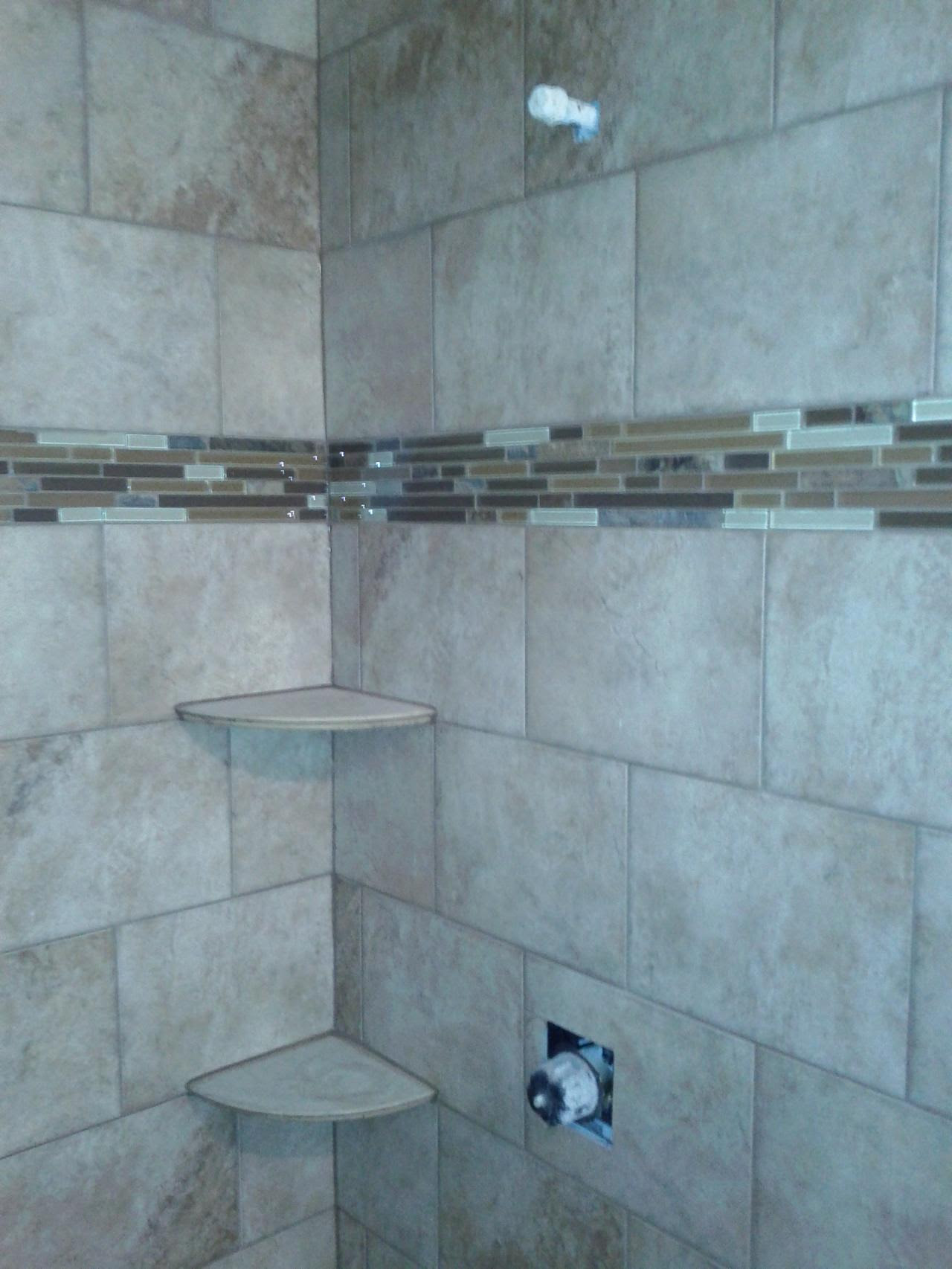 ideas of modern tile patterns for bathrooms