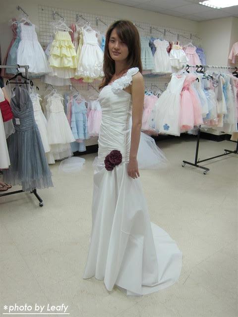 Leafy家居生活館: 婚紗禮服訂製初體驗