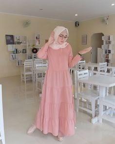 Warna Jilbab Yang Cocok Untuk Baju Pink Salem : warna, jilbab, cocok, untuk, salem, Gamis, Salem, Cocok, Dengan, Jilbab, Warna, Pintar, Mencocokan