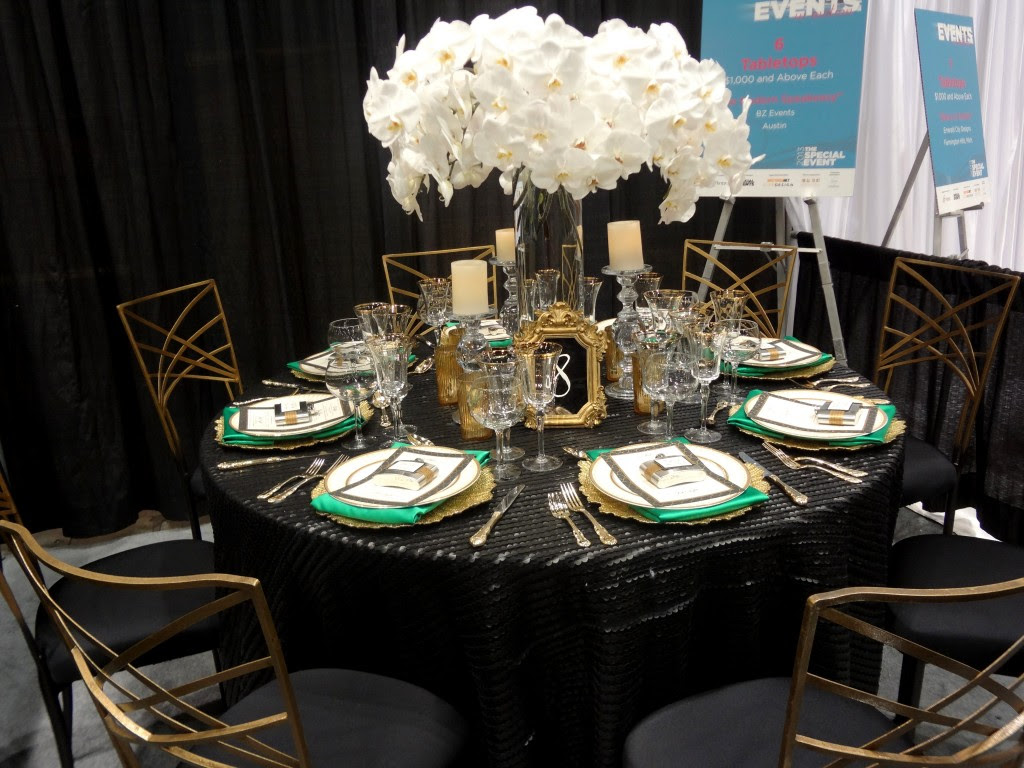 black and gold wedding table decorations