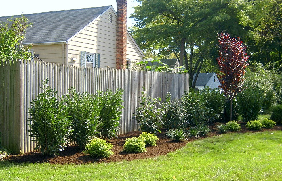1 Landscaping: Landscaping Ideas For Backyard Against A Fence