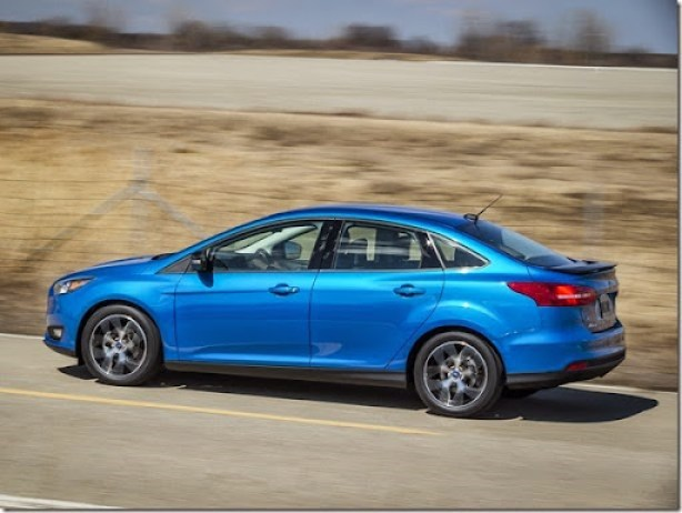ford_focus_sedan_us-spec_6