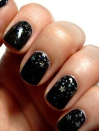 How to Create a Stars Nail Art Tutorial