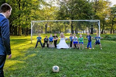 porocni-fotograf-wedding-photographer-poroka-fotografiranje-poroke- slikanje-cena-bled-slovenia-ljubljana-bled-hochzeitsfotografho (117).jpg