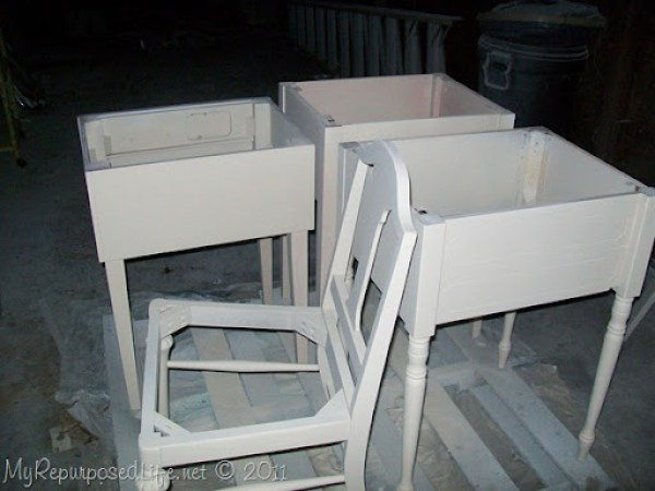 paint sprayer on sewing machine cabinets