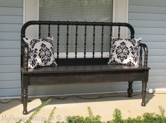 Jenny Lind headboard bench (2)