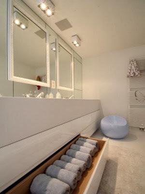 decoracion-en-baño-blanco