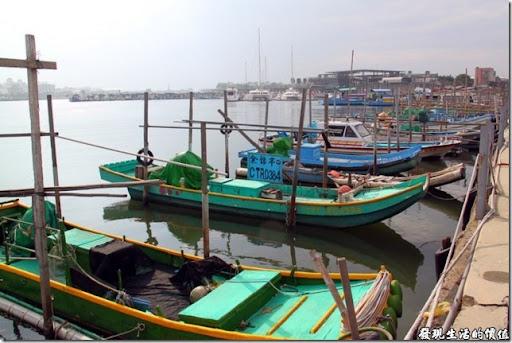 發現生活的價值: [臺南安平]運河博物館也賣彩鹽