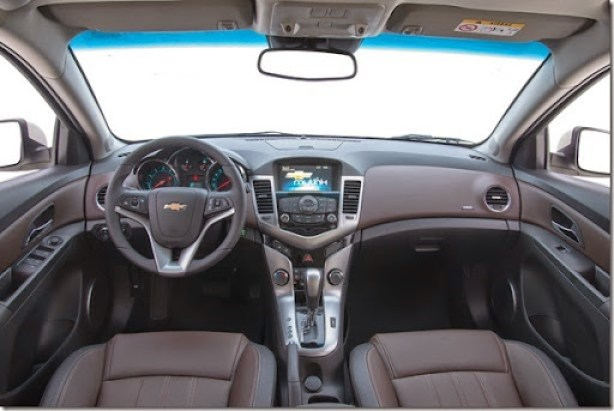 Chevrolet Cruze Sport6 2015
