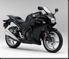 11_Honda_CBR250R_ABS_Blk_Det1