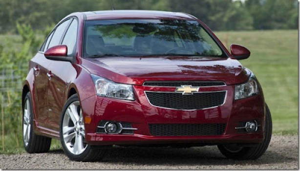 2011-Chevrolet-Cruze-front