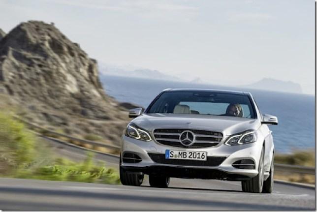 Mercedes-Benz-E350-BlueTEC-1[4]