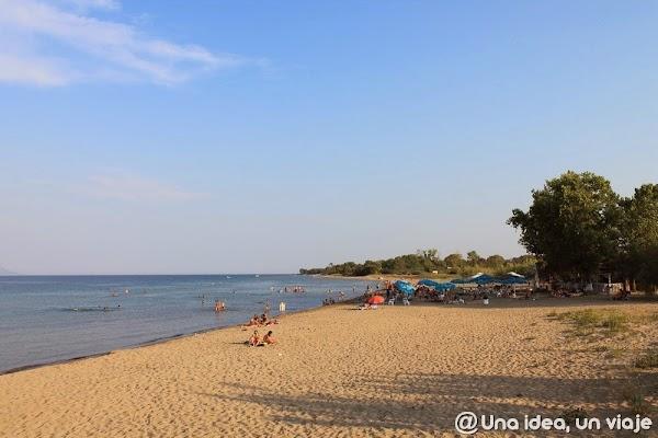 que-ver-en-corfu-lefkimi-canal-playa-bouka-unaideaunviaje.com-4.JPG