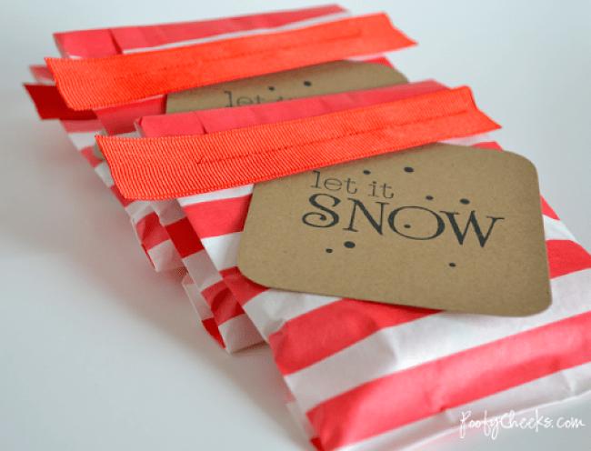 Christmas Treat Bag Tutorial by Poofy Cheeks