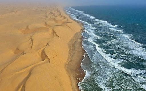 namib-desert-meets-sea-3