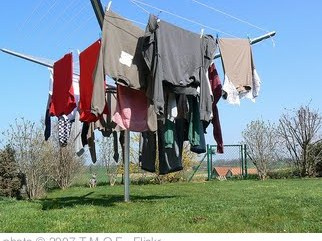 'Laundry drying' photo (c) 2007, T.M.O.F. - license: http://creativecommons.org/licenses/by-sa/2.0/