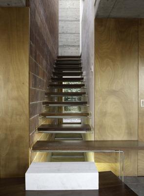 Diseño-de-escaleras-en-madera