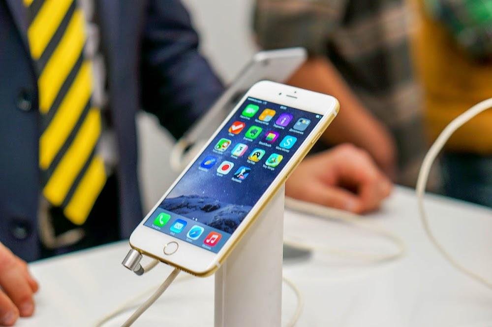 iPhone 6 Beeline launch-7.jpg