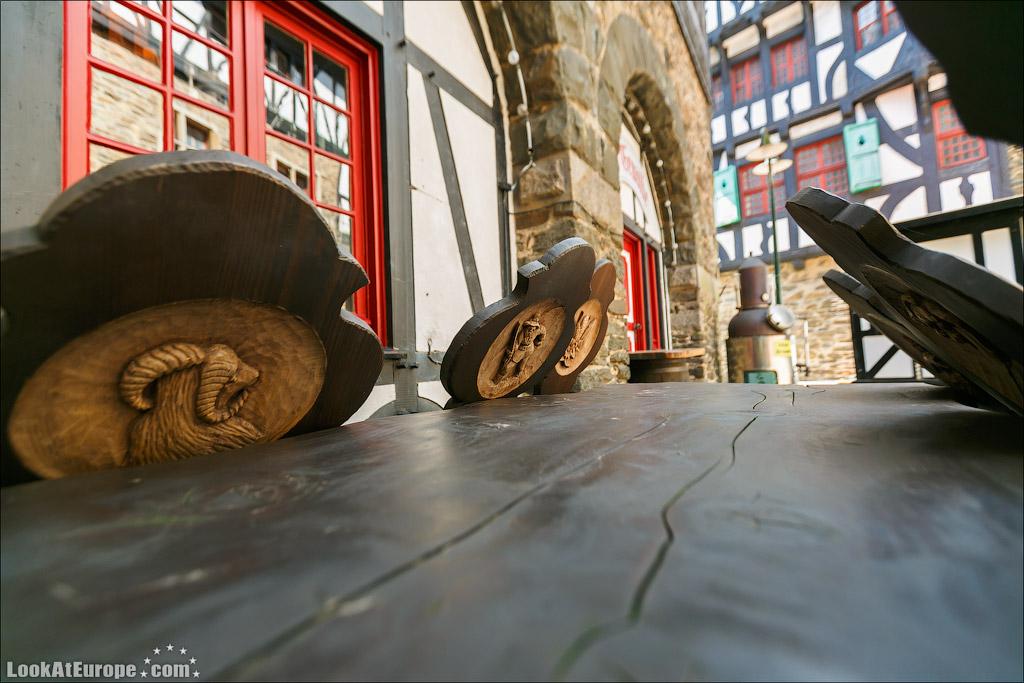 LookAtEurope.com | Европейские фото путешествия. Германия, Замок Шлоссбург ан дер Вуппер | Germany, Schlossburg an der Wupper