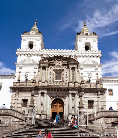 Quito-que-ver-hacer-visitas-imprescindibles-un-dia-unaideaunviaje-5.jpg