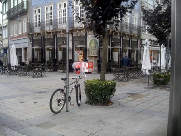 Estacionamento bici 042