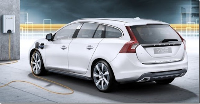 Volvo-V60_Plug-in_Hybrid_2013_1600x1200_wallpaper_09