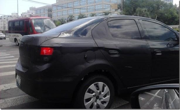 Onix Sedan4