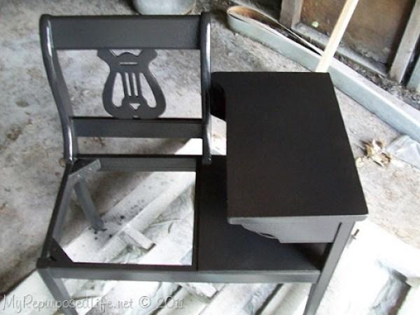 black gossip bench