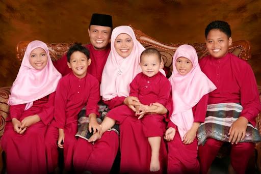 Foto Keluarga Di Puncak 090708