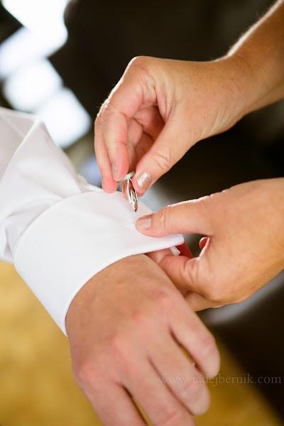 porocni-fotograf-wedding-photographer-poroka-fotografiranje-poroke- slikanje-cena-bled-slovenia-ljubljana-bled-hochzeitsfotografho (5).jpg
