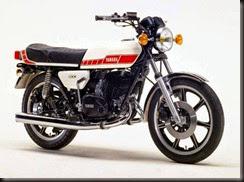 Yamaha RD400F 79 (1)