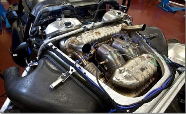 2014-porsche-918-spyder-prototype-46-liter-v-8-hybrid-engine-photo-448317-s-986x603