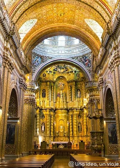 Quito-que-ver-hacer-visitas-imprescindibles-un-dia-unaideaunviaje-2.jpg