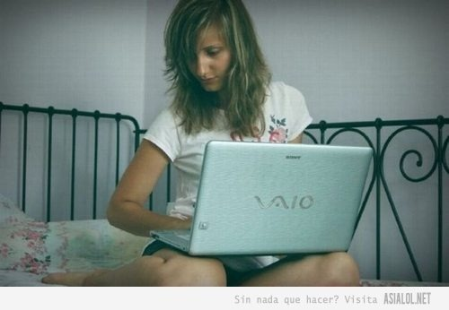 chicas-y-laptops-06