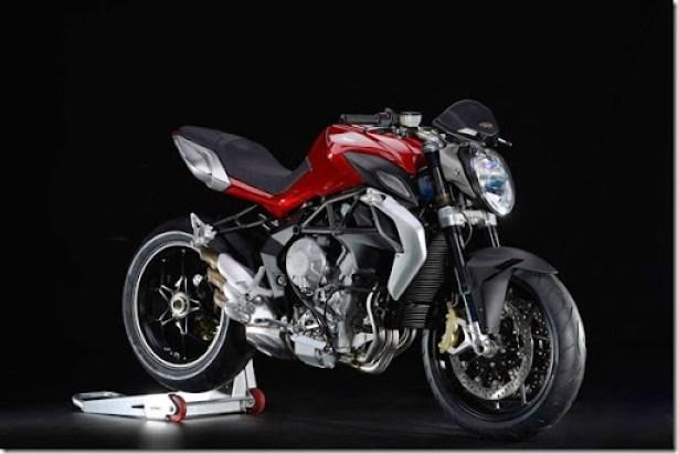 M801576-racing