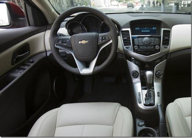 Chevrolet-Cruze_2011_1600x1200_wallpaper_70