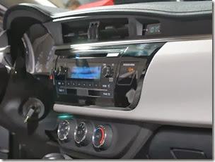Toyota Corolla 2015 (44)_1600x1067