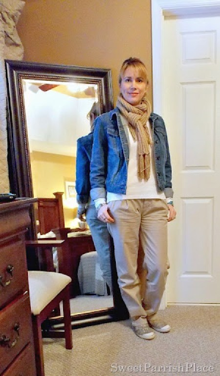 denim and neutral outfit2