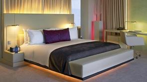 iluminacion-habitacion-de-lujo-diseño-interior-W-Hotels-barcelona