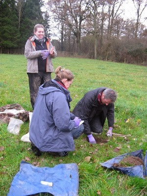 Kelly, David and Cecilia sampling earthworms in Berkshire