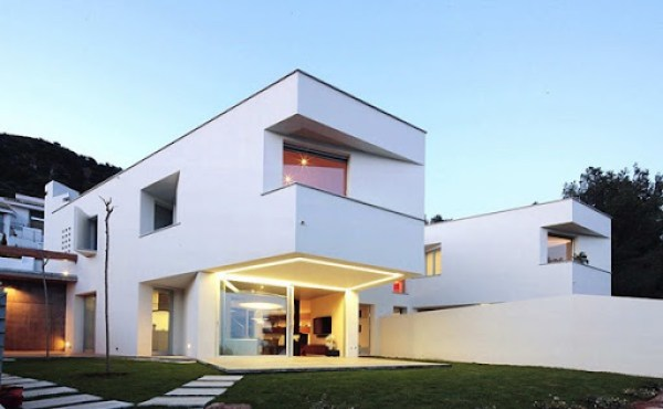 casa-minimalista-en-españa