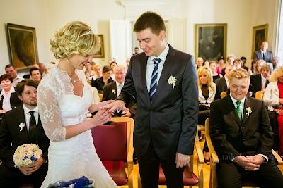 porocni-fotograf-wedding-photographer-poroka-fotografiranje-poroke- slikanje-cena-bled-slovenia-ljubljana-bled-hochzeitsfotografho (63).jpg