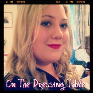 onthedressingtableblogbutton